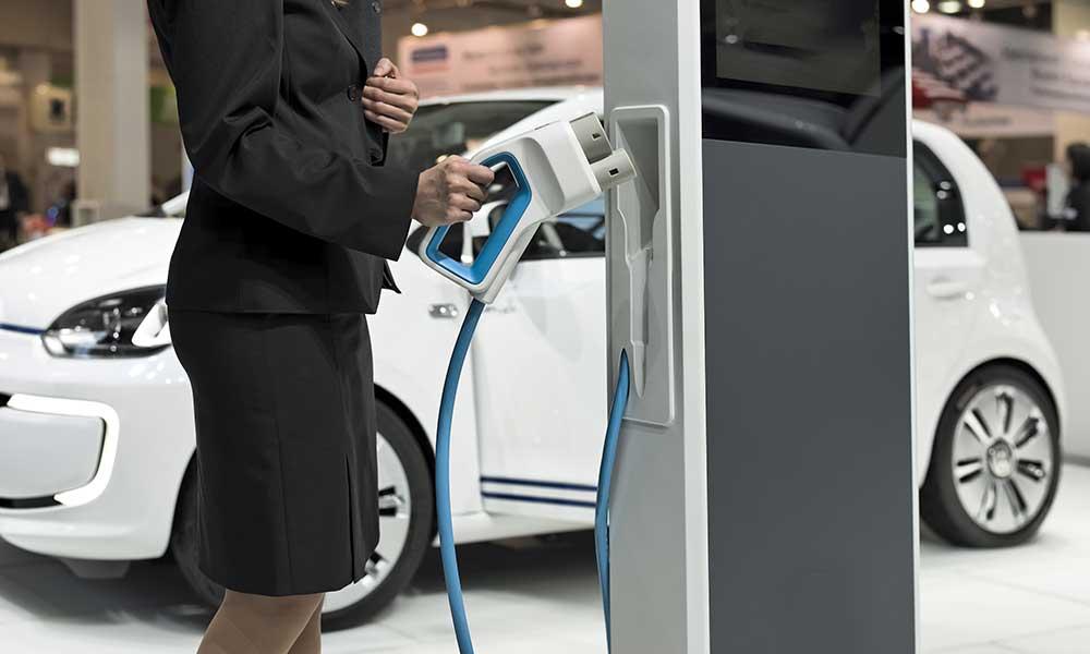 E-Auto E-Mobilität Erneuerbare Energien Ökostrom Vereinigte Stadtwerke